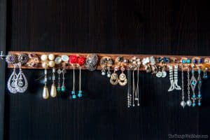 Upcycled earring holder
